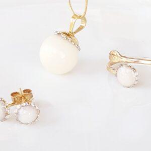 Set din aur cu lapte matern și cristale tip Swarovski